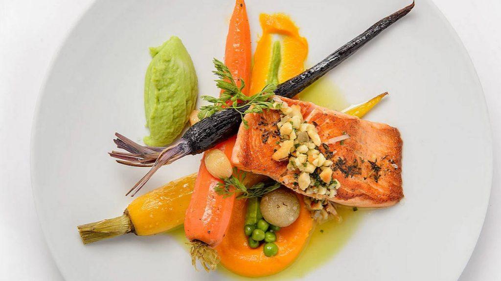 מסעדות כשרות לפסח אנג'ליקה מסעדה כשרה בירושלים סלמון סו ויד