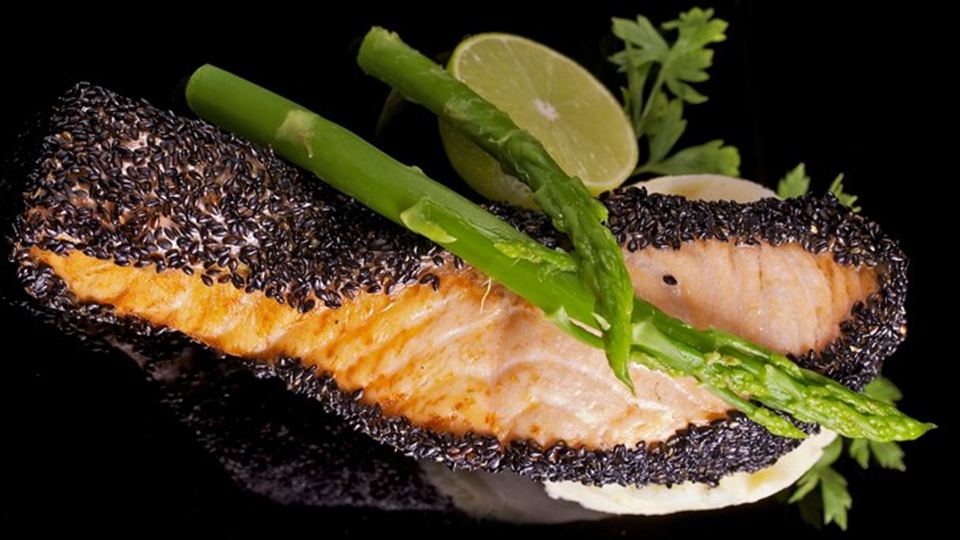הדרלה ביסטרו צרפתי מסעדה כשרה באגם מונפורט מעלות תרשיחא בגליל המערבי