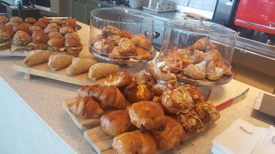 קפה ריטואל בית קפה כשר בפארק הייטק בר לב בגליל המערבי הקרואסונים בית קפה כשר חדש בגליל המערבי