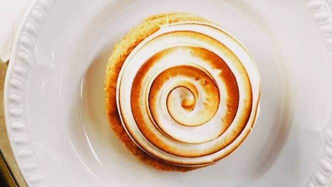 לחם וחברים בוגרשוב בית קפה כשר בתל אביב פיא לימון