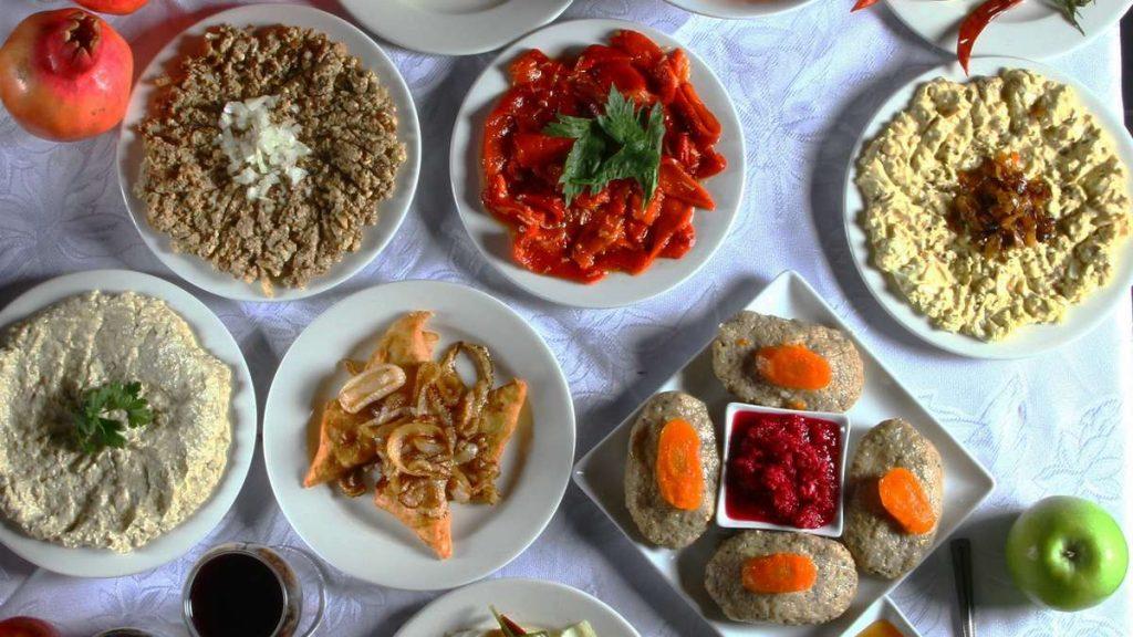 הזמנת אוכל מוכן לראש השנה סנדר מסעדה כשרה בתל אביב