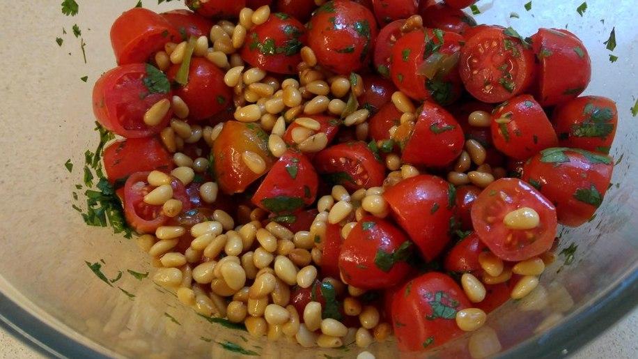 מתכון סלט עגבניות וכוסברה